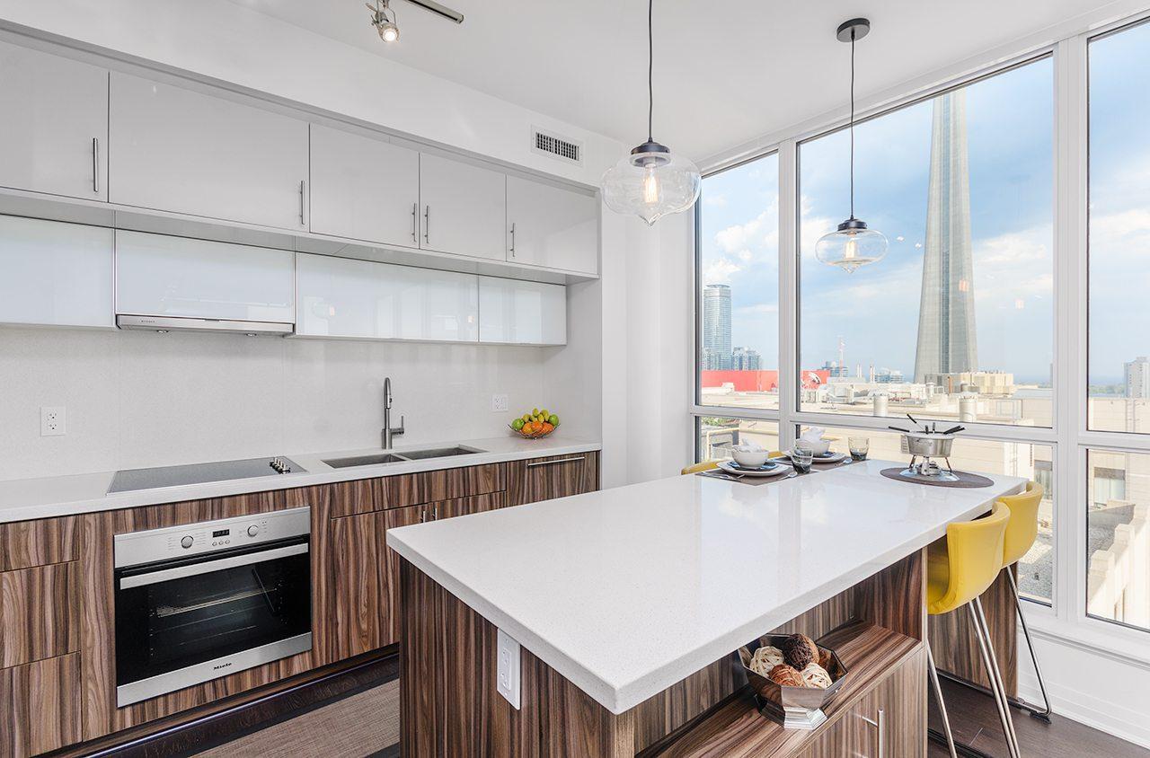 Entertainment District Condo | Dave Elfassy Real Estate